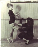 GLORIA NORMAN DANCE0001